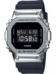 Наручные часы Casio GM-5600-1ER