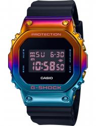 Наручные часы Casio GM-5600SN-1ER