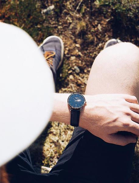 Наручные часы 33 ELEMENT 331530 - фото с людьми